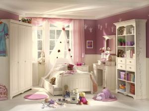 Мебель для маленькой девочки: хорошая и недорогая