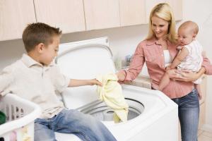 Как правильно ухаживать за детскими вещами