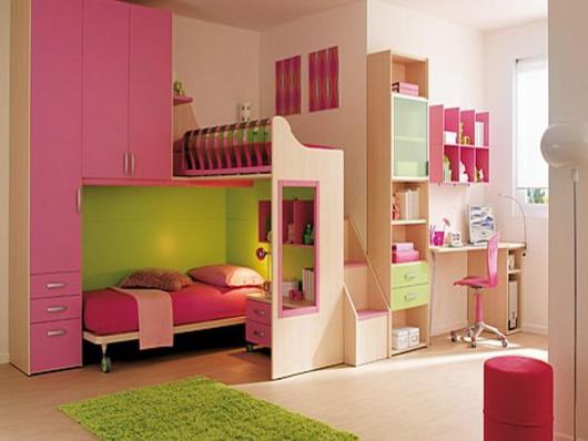 детская комната для двух девочек с двухярусной кроватью