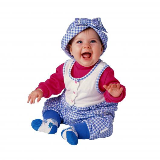 малыш в синем комплекте одежды