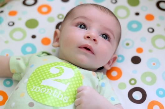 двухмесячный малыш