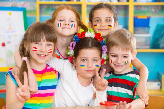 дети в языковой школе