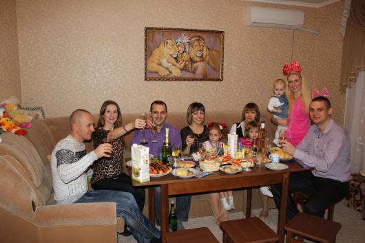 Конкурс за столом в новый год