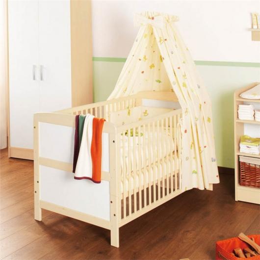 кровать для новорожденного из дерева