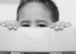 Риск заболеть аутизмом больше у детей имеющих родственников с этим заболеванием