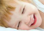 Дети перенимают чувство юмора от родителей
