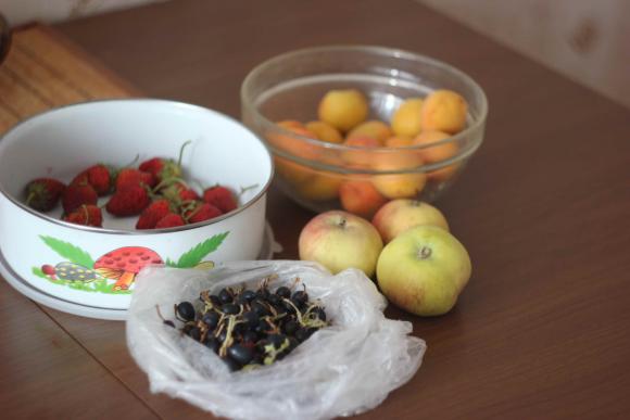 Из каких фруктов варят компот